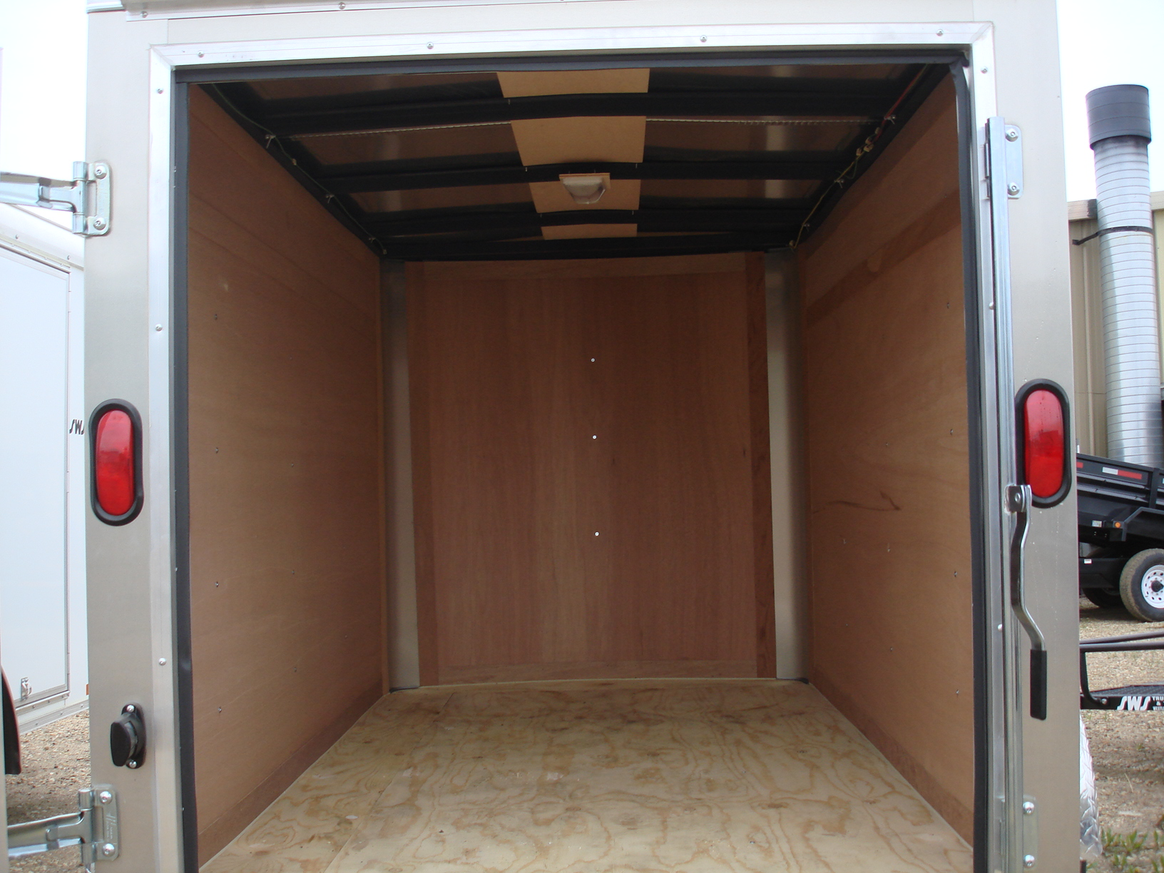 2019  u201cc u201d series 7 u2019x14 u2032 enclosed cargo trailer